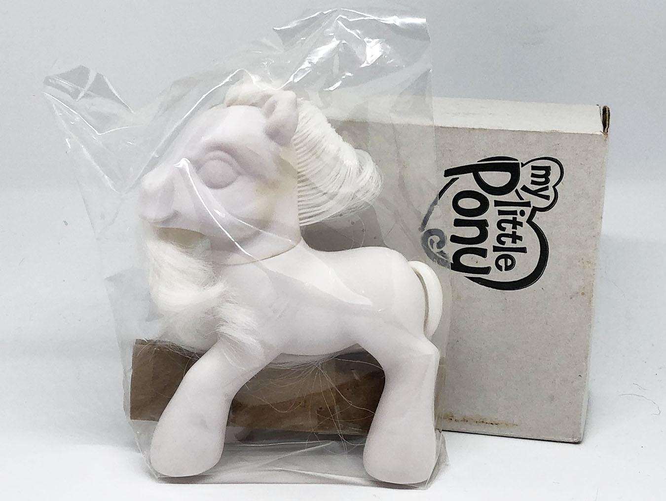 Blank Pony