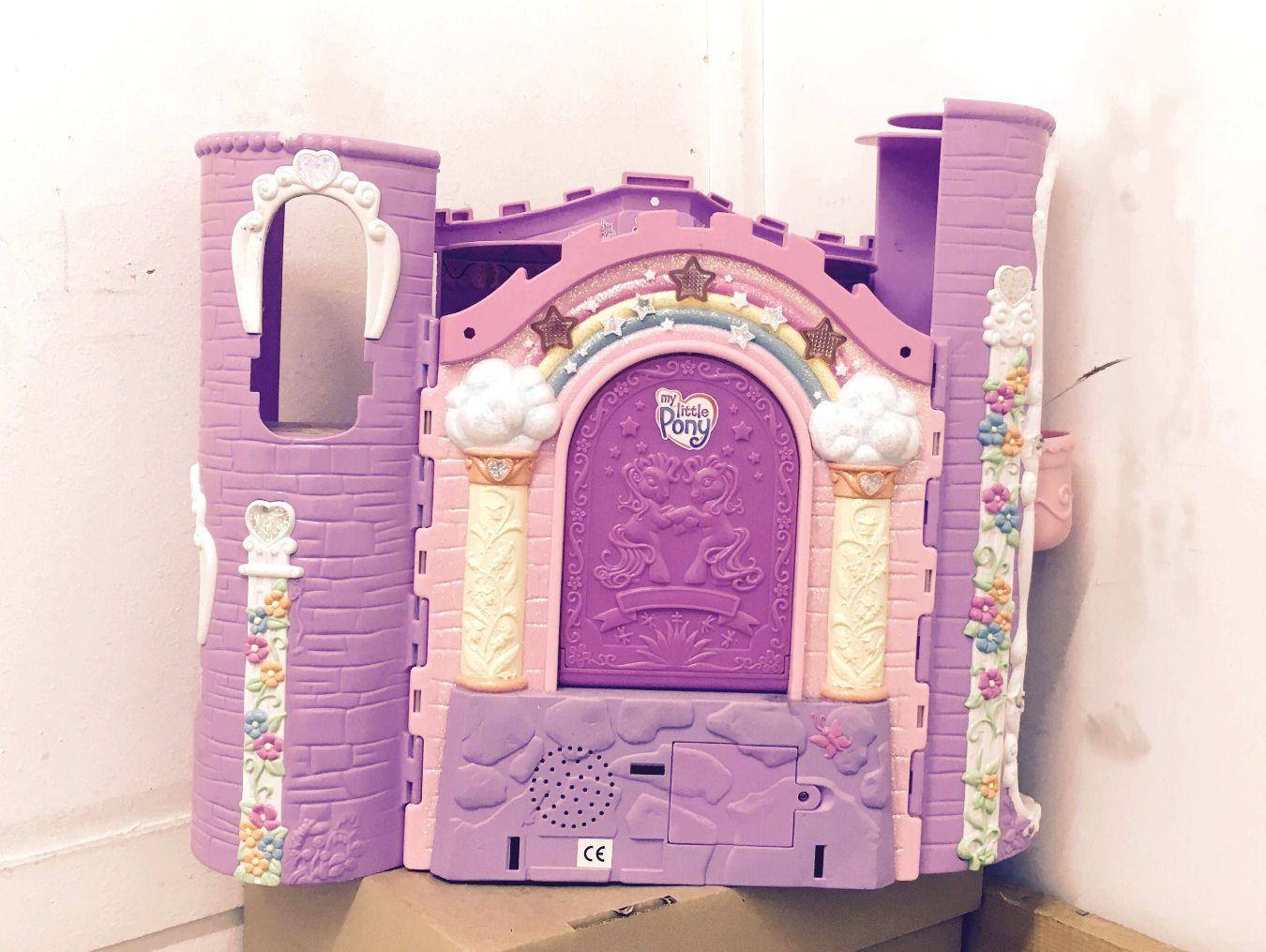 Celebration Castle (1)
