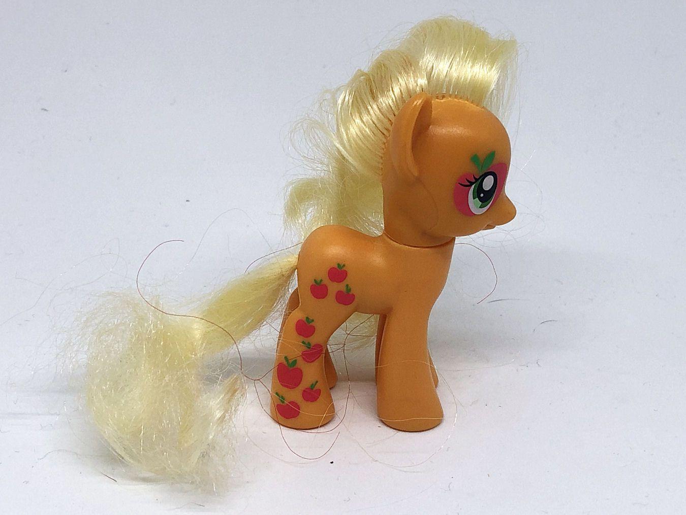 Applejack (Cutie Mark Magic)